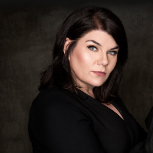 A Lil' Spooky All the Time – with Karen Kilgariff – Episode 417